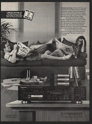 1989 PIONEER PD-M710 CD Player - Sunday Morning - Couple on Couch - VINTAGE AD