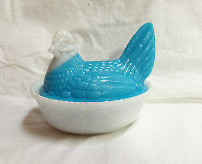 Beautiful Milk Glass Blue White Hen On Nest #4 Nice Condition!!