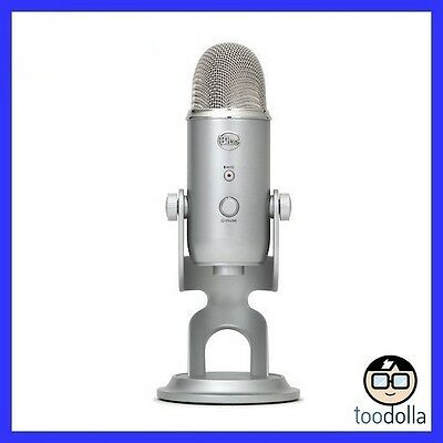 Blue Microphones Yeti USB Microphone, studio quality recordings - Silver, New