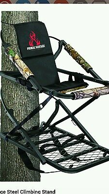 Deluxe Climber Tree Stand For the stealth hunter whitetail Elk Bear archery hunt