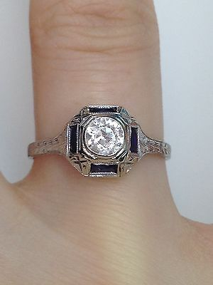 Vintage Platinum Engagement Ring with 0.42 Ct Natural Blue White Sapphire PT950