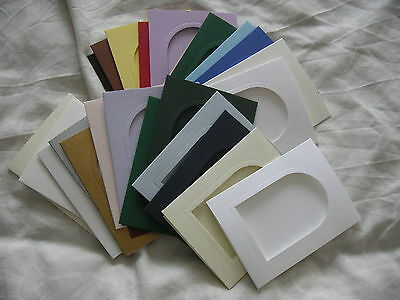 5 Card Blanks with Window//Arch Aperture 178 x 114mm Cream//White Textured NEW