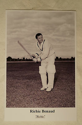 Cricket Collectable Postcard - Sporting Greats - Richie Benaud - Australia.