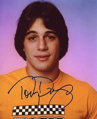 AUTOGRAPHE SUR PHOTO 20 x 25 de Tony DANZA (signed in person)