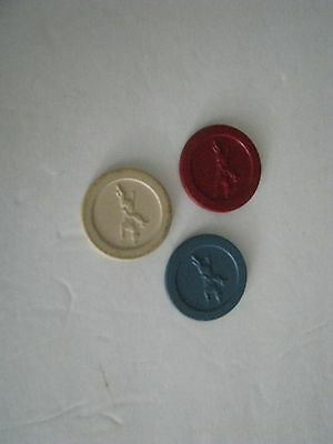 15 VINTAGE CLAY POKER CHIPS  - JOCKEY  RED   WHITE   BLUE