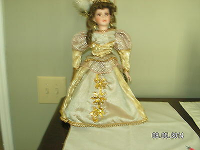 Collectible Memories--1990's Beautiful Porcelin Doll--FRANCINE