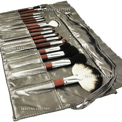 18 pieces Professional Makeup Brushes Set with Glossy Silver Bag Design #283C