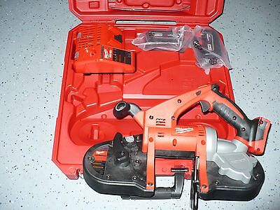 Milwaukee 2629-22 Compact 18Volt Lithium-Ion Band Saw Kit