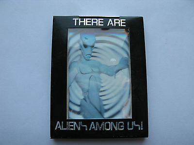 THERE ARE ALIENS AMONG US! LIMITED EDITION 8 CARD SET