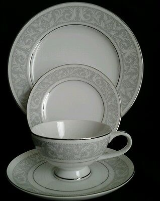 IMPERIAL CHINA OF JAPAN, #5671 Whitney, By W. DALTON, FOUR Place Setting