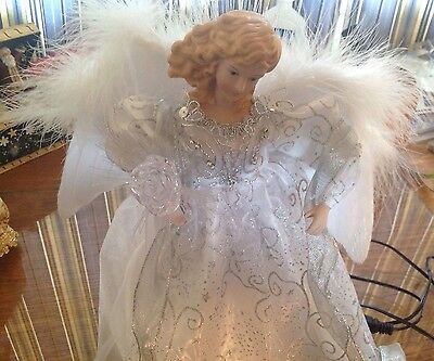 GORGEOUS, CHRISTMAS WHITE / SILVER LIGHTED ANGEL TREE TOPPER