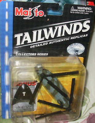 2001 MAISTO TAILWINDS RAF BOEING CHINOOK CH-47 HELICOPTER MIP