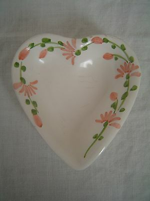 MADE IN ITALY POTTERY HEART SHAPED HAND PAINTED TRINKET DISH