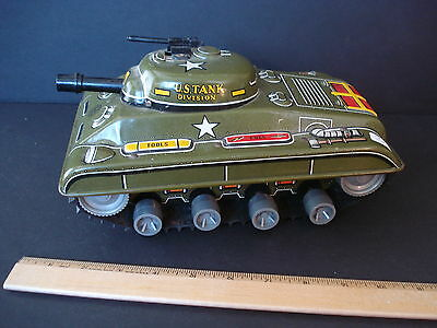 VINTAGE 1950s MARX WIND UP TIN LITHO ARMY/MILITARY TANK  ANTIQUE TOY
