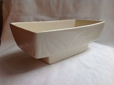 HULL F78 WHITE PLANTER NICE LEAF DESIGN CERAMIC PORCELAIN POTTERY