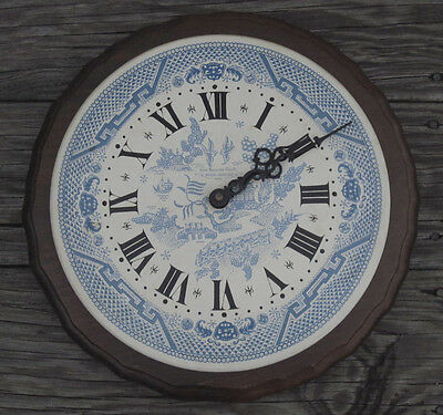 NEW ENGLAND CLOCK COMPANY Wood Wall BLUE WILLOW FACE BRISTOL CONNECTICUT Vintage