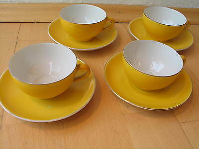 Vier kleine Kaffeetassen    four little coffeecups