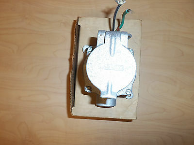 New Appleton Cpsc-2375 Explosion Proof 20 Amp 240V Pin And & Sleeve Receptacle