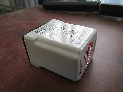 Time Mark Release Delay Relay 361-120V-1SEC 10A Used