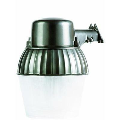 Designers Edge L1751 Universal Bulb Dusk To Dawn Outdoor Security Light with New