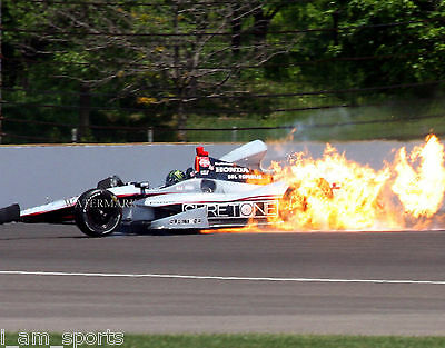 KURT BUSCH 2014 INDIANAPOLIS 500 INDYCAR CRASH 8x10 PHOTO