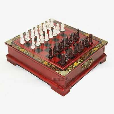 Collectibles Vintage 32 chess set and rosewood table