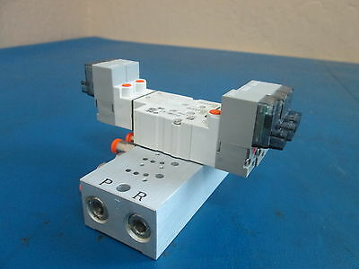 SMC Pneumatic Manifold Block and Solenoid Valves 2x SYJ3330 1x SYJ3130-6LZ