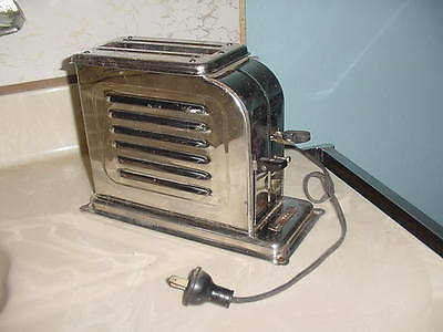 """ANTIQUE  1921  TOASTMASTER  AUTOMATIC  ELECTRIC  TOASTER   """"WORKS"""""""