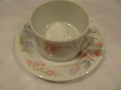 (4) Four Sets Of Limoges  American Flowers Floral Pattern Cup & Saucer