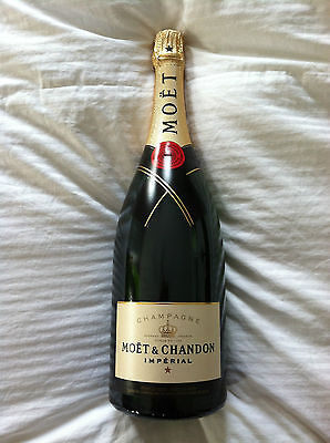 HUGE MOET & CHANDON  IMPERIAL 1.5L MAGNUM EMPTY CHAMPAGNE BOTTLE!  WOW!!