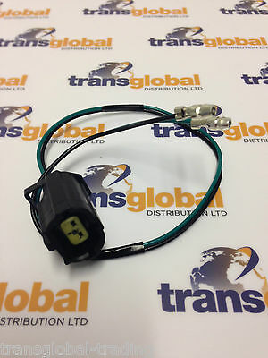 Land Rover Defender Rear Indicator Light Bulb Connector Lead & Plug - STC1188