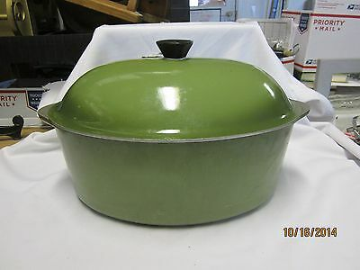 Vintage Club Aluminum Dutch Oven w/ Lid Avocado Green Oval
