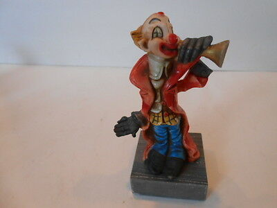 """VTG RUBBERIZED CLOWN FIGURINE TRUMPET PLAYER ITALY MARBLE BASE 5-3/4"""" TALL"""