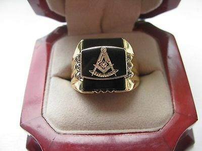 "Superb NEW! Gold Mens ""Masons"" CREST Ring"