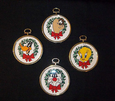 LOONEY TUNES Needlepoint CHRISTMAS ORNAMENTS (4) Taz Tweety Sylvester Daffy CUTE