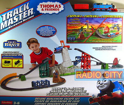 Thomas and Friends Trackmaster Motorized Railway Deluxe Avalanche Escape Set
