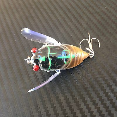 1x PFS Winged Cicada Fishing Lure Topwater Popper Crawler Freshwater Bream GOLD