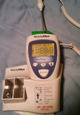 Welch Allyn Suretemp Plus Oral Thermometer with wall mount
