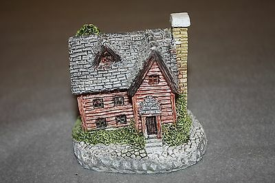 Vintage Museums Collection Cricket Cottage