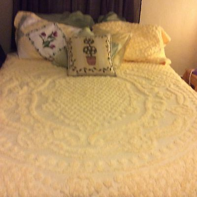 Vintage Shabby Chic Double Bedding Set With Shams