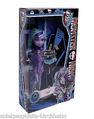 Mattel BJM62 Monster High Twyla Puppe Kinderpuppe NEU / OVP.