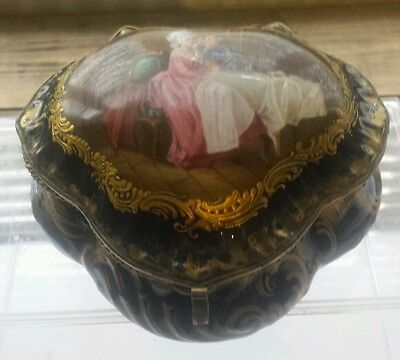 LIMOGES PORCELAIN AND GILT METAL HEART SHAPE BOX - UNUSUAL