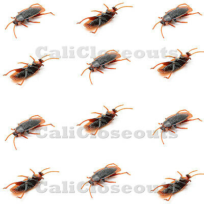 12 pcs Brand New Realistic Simulation Cockroach Plastic Rubber Roach Bug