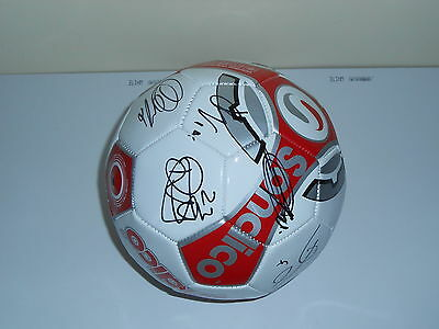 Oldham Athletic Fc 2014/15 Squad Signed Football 19 Autographs!