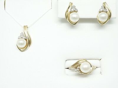 14K Yellow Gold Freshwater White Cultured Pearl Ring, Earrings And Pendant Set
