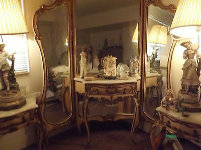 FRENCH TRIPLE MIRRORED 1940'S VANITY WITH 2 SIDE TABLES W/DRAWERS GOLD GILT ONYX
