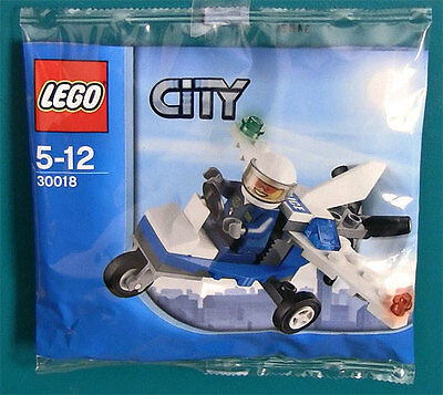 LEGO City 30018 - Police Microlight Polybag with Forest Officer NEW (Sealed)