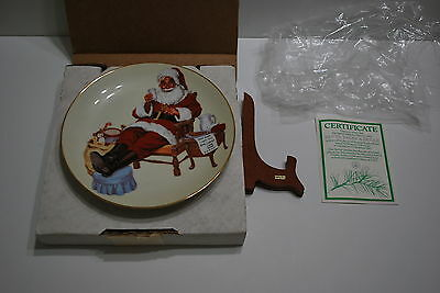 Limited Edition  - 1987 Celebration of Christmas -Santa Takes a Break Plate