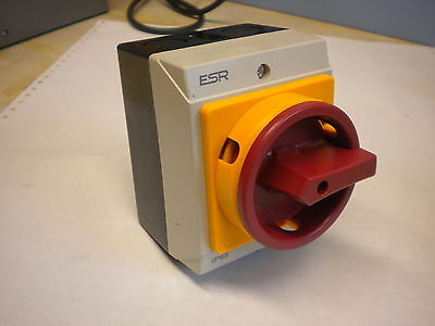 ISOLATOR ROTARY SWITCH 20A  3 Pole WATERPROOF IP65 LOCKABLE SURFACE E203PS