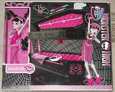 MONSTER HIGH JEWELRY BOX COFFIN & DRACULAURA DOLL EXCLUSIVE SET ~~  SOLD OUT